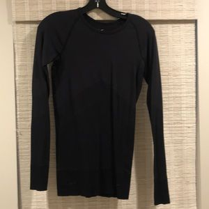 NIKE Dryfit workout top.  Small. black.